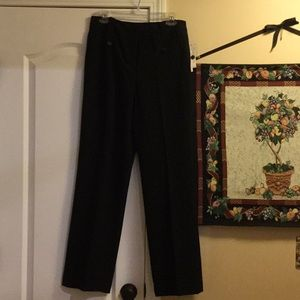 Larry Levine pants.  Size 6.  New with tags.
